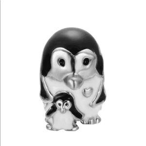 Jewelry - Mom baby penguin European Spacer Charm Bead